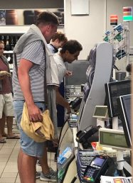 Rafael Nadal at self service checkout